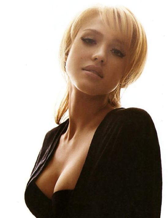 http://evilkxnpunkdemon.files.wordpress.com/2012/11/jessicaalba2.jpg?w=549&h=713